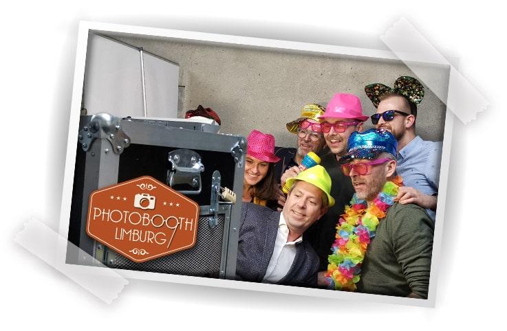 Photobooth verhuur in Limburg - De grootste leverancier in de regio tegen de laagste prijs voor de beste foto's. Roermond, Sittard Venlo Maastricht.